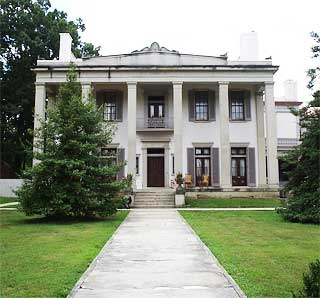 Tennessee plantations homes southern historical estates for 1800s plantation homes